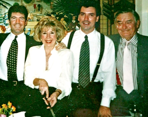 Simon-with-his-mother-Julie,-brother-Nicholas-and-father-Eric