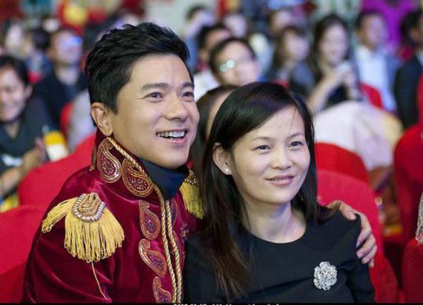 Robin Li – Family , Family Tree - Celebrity Family