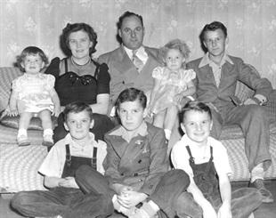 Bruce Halle Parents