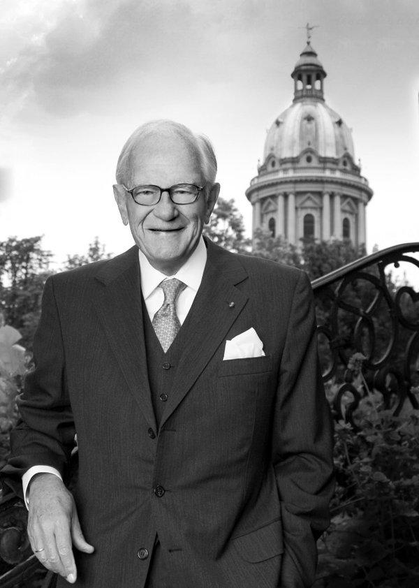 Curt Engelhorn Businessman