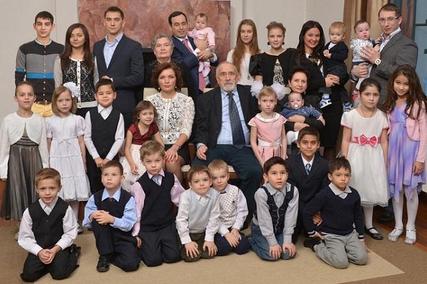 Roman Avdeev Family