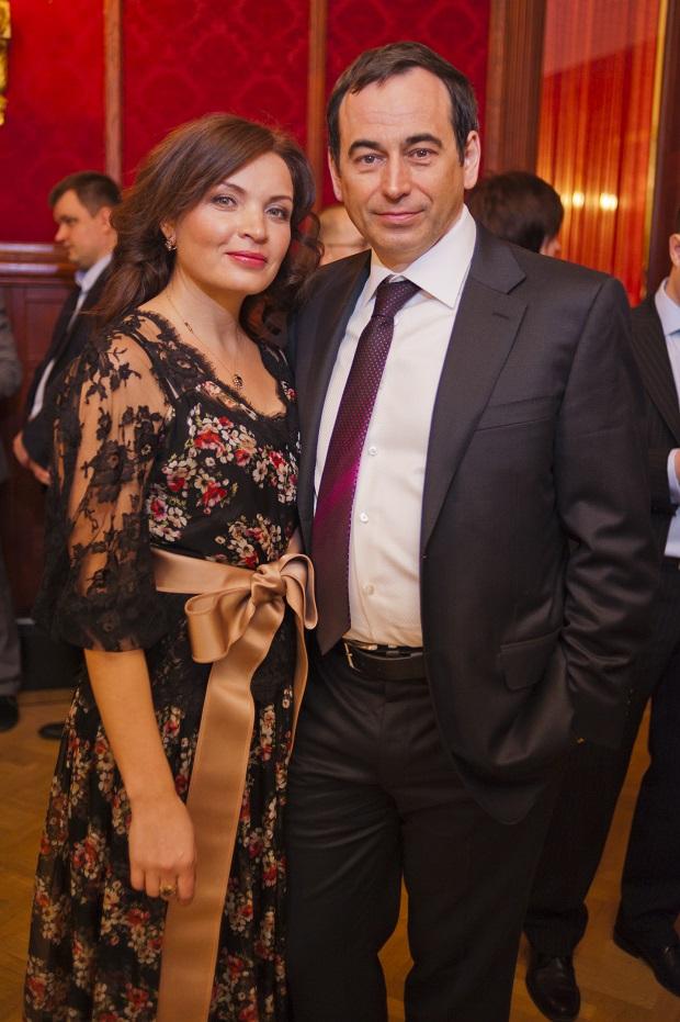 Roman Avdeev Wife Elena
